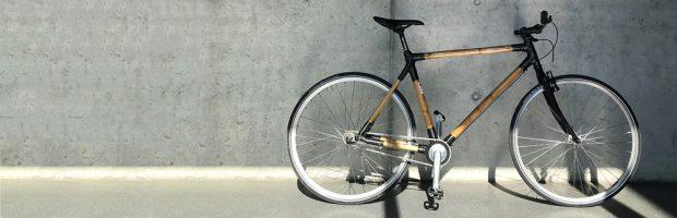 Ein Fahrrad aus Grashalmen